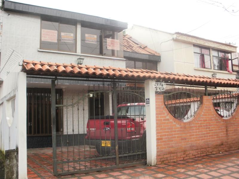 Casa para arrendar en dosquebradas santa monica 2125 for Arrendar casas
