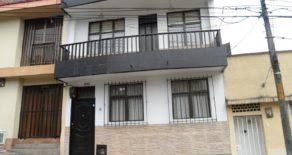 Casa en Venta en el Centro de Pereira 12103