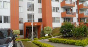 Apartamento en Venta en Villa Verde 15209
